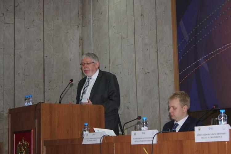 федеральный директор Союза судебных приставов Германии Вальтер Гитман